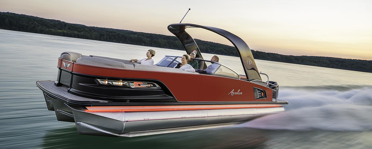 2018_avalon_pontoons_excalibur_boat